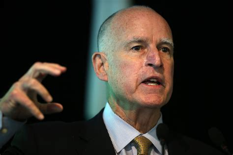 Jerry Brown Considers Prison Alliance Between Private